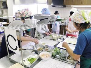 料理教室「調理風景02」